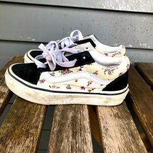 Vans skate shoes.